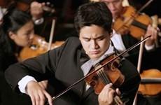 著名小提琴艺术家裴功维将参加越美友谊合奏音乐会