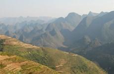 九·二国庆假期同文岩石高原接待大批国内外游客