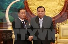 老挝领导人对越老两国国会的关系予以高度评价