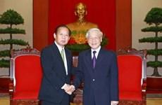 阮富仲总书记会见日本民主自由党干事长二阶俊博