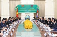 越共总书记阮富仲对柬埔寨进行国事访问(组图)