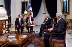 智利总统高度评价越南经济发展成就