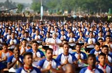 越南参加印度国际瑜伽日活动(组图)