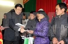 越南国家主席张晋创视察谅山省