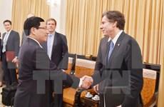 越南政府副总理兼外长范平明会见美国常务副国务卿布林肯