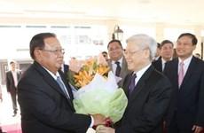 老挝各大报纸密集报道老挝人民革命党中央总书记、国家主席本扬·沃拉吉访越之旅