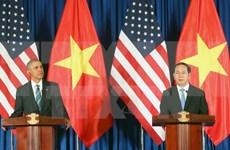 世界新闻媒体密集报道美国总统奥巴马访越之旅