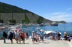 河内市夏天去海边沙滩旅游的游客量呈井喷式增长
