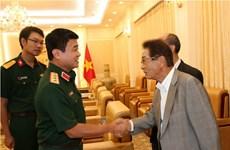 越南人民军副总参谋长武文俊上将会见日本客人