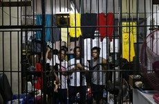 菲律宾总统公布大批涉毒官员及法官名单