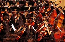 越南河内大剧院举行三个特别节目庆祝9•2国庆节71周年