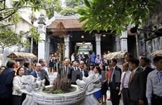 法国总统奥朗德高度评价河内古街保护工作