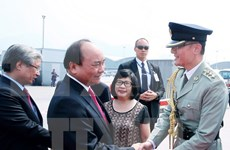 阮春福总理回国圆满结束对中国的正式访问