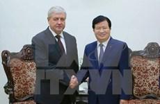 越南政府副总理郑廷勇会见白俄罗斯副总理谢马什科