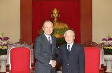 越南党和国家领导人会见外国客人