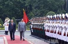 阮春福总理隆重举行仪式欢迎科威特首相到访
