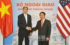 越南政府副总理兼外长范平明与美国务卿约翰·克里举行会谈(组图)