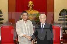 越共中央总书记阮富仲会见菲律宾总统杜特尔特