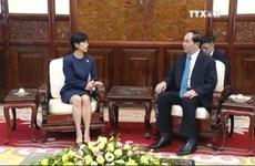 越南国家主席陈大光接受7国新任驻越大使递交国书