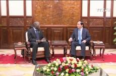 越南国家主席陈大光会见东帝汶驻越大使和世行驻越首席代表