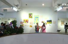 """""""触摸""""绘画展 —  自闭症儿童表达自己心声的平台"""