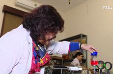热爱科学研究的越南女科学家