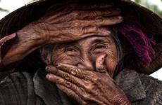 """""""历久不衰之美""""摄影展在岘港美术博物馆举办"""