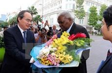 胡志明市领导会见古巴全国人民政权代表大会主席埃斯特万