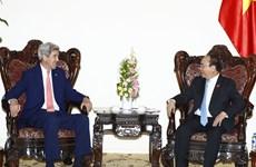 越南领导人会见美国前国务卿约翰·克里(组图)