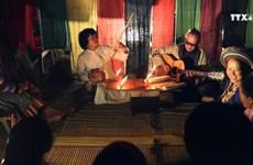 年轻艺人将节奏口技与民族音乐相结合