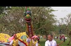 来到升龙皇城体验越南传统春节习俗