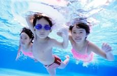 家长应多重视儿童游泳安全教育