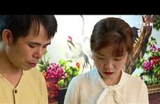 手工刺绣画 ——用彩线绣出越南文化之美