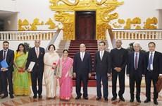 越南政府总理阮春福会见印度外交部长斯瓦拉吉