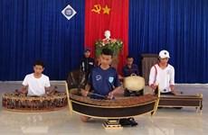 平福省努力保护与弘扬高棉族传统五音乐器价值