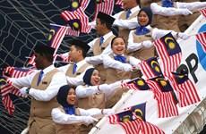 东南亚与日本青年船抵达胡志明市(组图)