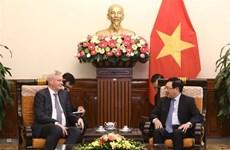 政府副总理、外交部长范平明会见俄罗斯外交部第一副部长弗拉基米尔•季托夫