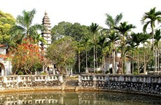 普明寺:耸立着一座七世纪建造的普明塔