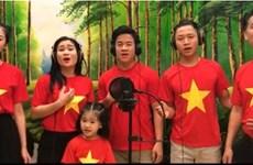 越南娱乐圈人士为人民群众抗击疫情传递正能量