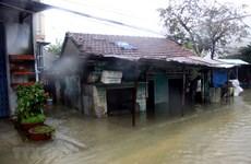 组图:中部地区遭受强降雨和洪涝 对人民生活造成严重影响