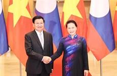 组图:越南国会主席阮氏金银会见老挝总理通论•西苏里
