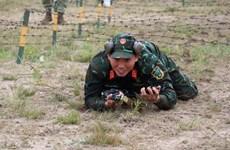组图:越南人民军狙击赛队在2020年国际军事比赛中取得优异成绩