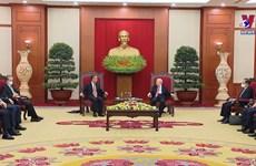 中国外长王毅访越并出席越中双边合作指导委员会第十三次会议
