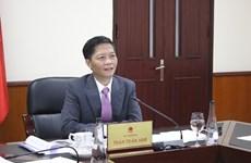 越南与美国加强合作振兴经济