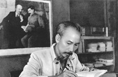 [MegaStory] 胡志明主席: 革命道德的一面明镜