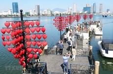 朝着可持续与和谐方向促进岘港市旅游业发展