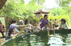 边学边玩    儿童和家长一起了解民间文化