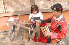 发挥传统文化价值     为少数民族同胞提供可持续生计