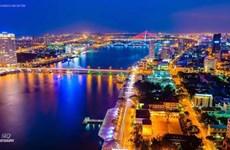 岘港市多措并举提高导游的业务水平