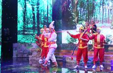 九龙江三角洲传统歌舞剧联欢会在朔庄省举行